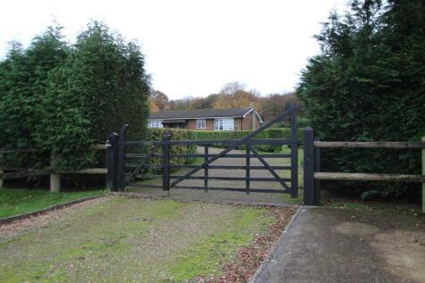 Birchwood Lane, Knockholt, Orpington, Orpington, BR6 0NB. 4 bedroom bungalow for sale