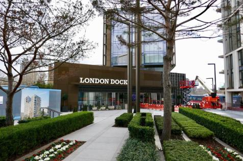 London Dock, Tower Hill, E1. 3 bedroom apartment for sale