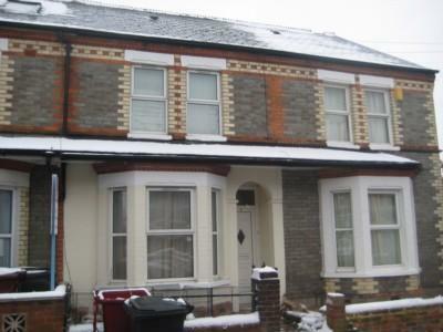 Grange Ave, Reading. 4 bedroom terraced house