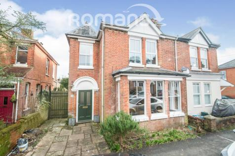 Hyde, Winchester. 3 bedroom detached house