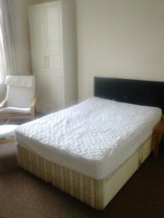 Ashgrove. 6 bedroom house share