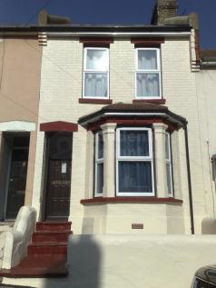 Cecil Road. 4 bedroom house share
