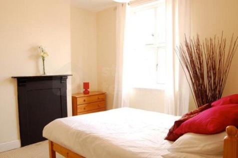 MOSTYN ROAD. 4 bedroom house share
