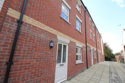 Magpie Road, Norwich, Norfolk, NR3. 3 bedroom town house