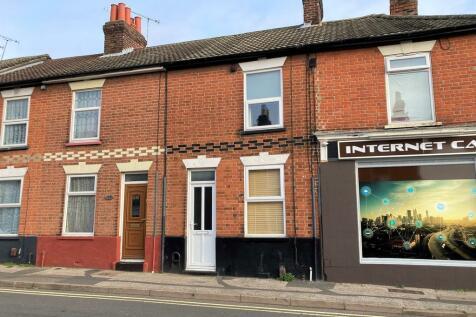 Bramford Lane, Ipswich. 2 bedroom terraced house
