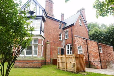 Ednam Road, Dudley. 2 bedroom flat