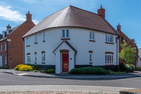 Wimble Stock Way, Yeovil, BA21. 4 bedroom detached house