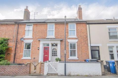 LARGES STREET, DERBY. 3 bedroom terraced house