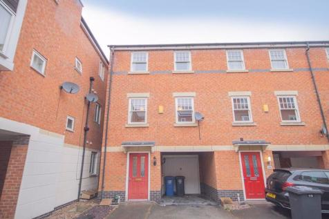 AURIGA COURT, CHESTER GREEN. 3 bedroom terraced house for sale