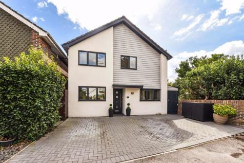 Clydesdale Avenue, Chichester. 4 bedroom detached house for sale