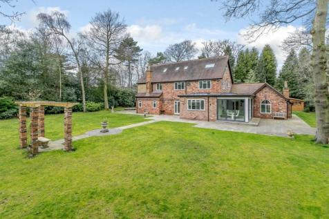 Hartopp Road, Four Oaks Estate, Sutton Coldfield. 5 bedroom detached house