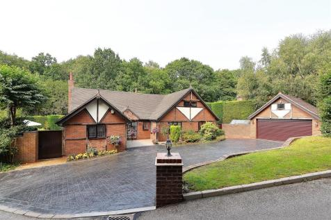 Applecross, Four Oaks, Sutton Coldfield. 4 bedroom detached bungalow