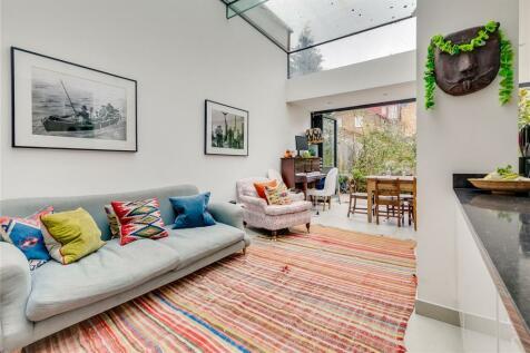 Ormiston Grove, London, W12. 5 bedroom terraced house