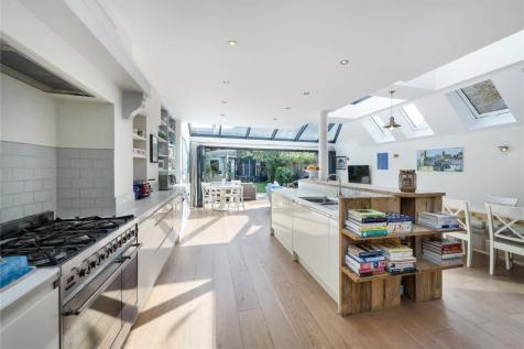 Ormiston Grove, London, W12. 6 bedroom terraced house