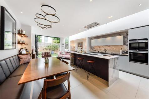 Godolphin Road, London, W12. 4 bedroom terraced house for sale