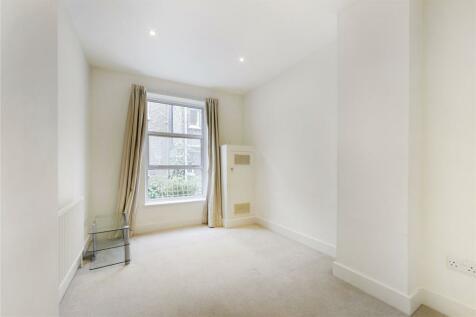 Overstone Road, Hammersmith, London, W6. 2 bedroom apartment