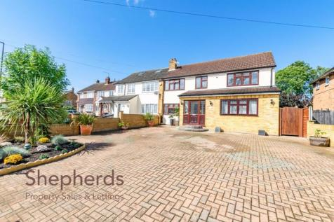 Church Lane, Cheshunt, Hertfordshire. 4 bedroom semi-detached house for sale