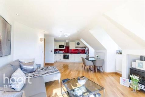 Warne Court, EN1. 2 bedroom flat