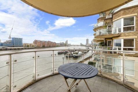 Battersea, London, SW11. 2 bedroom flat for sale