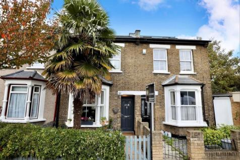 Granville Road, South Woodford, E18. 3 bedroom terraced house for sale