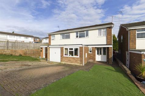 Ragstone Road, Bearsted, ME15. 4 bedroom semi-detached house for sale