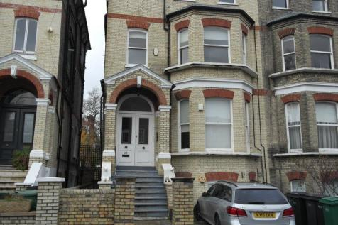 23 Cannon Place, Nw3. 2 bedroom flat