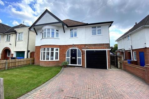 Westwood Avenue, Ipswich IP1 4EQ. 5 bedroom detached house for sale