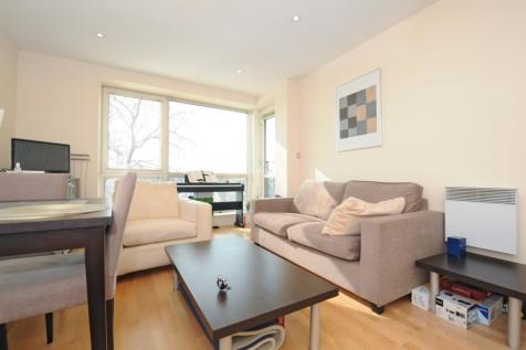 Chiswick High Road Chiswick W4. 1 bedroom apartment