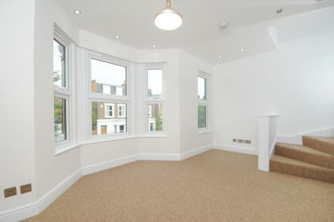 Rothschild Road Chiswick W4. 2 bedroom apartment