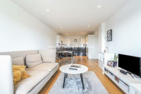 Lighterage Court, Brentford TW8. 2 bedroom apartment