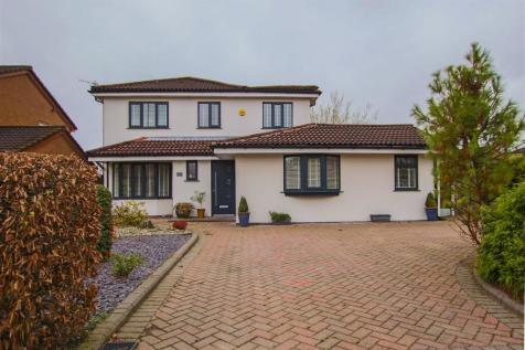 Whittingham Drive, Ramsbottom, Bury. 4 bedroom detached house for sale