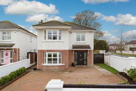 Meath, Navan. 4 bedroom detached house for sale