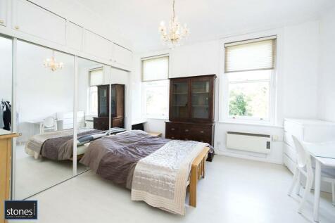 Frognal, Belsize Park, London, NW3. Studio apartment