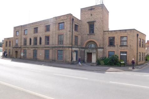 A Block-Upper High Street, Taunton, Somerset, TA1. 25 bedroom house share