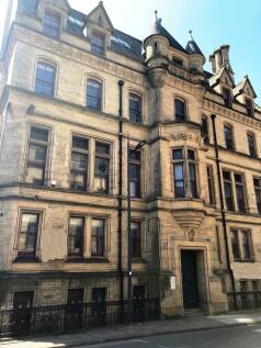 Peckover Street, Bradford, West Yorkshire, BD1. 1 bedroom flat for sale