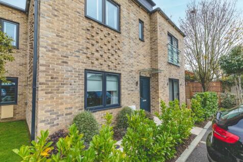 Nascot Place EPC -B, Dedworth Road, Windsor. 2 bedroom flat