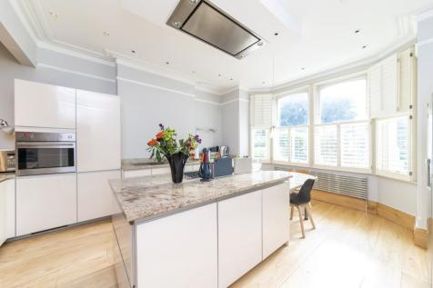 Twyford Crescent, W3. 6 bedroom semi-detached house