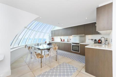 Cavalier House, W5. 3 bedroom apartment for sale