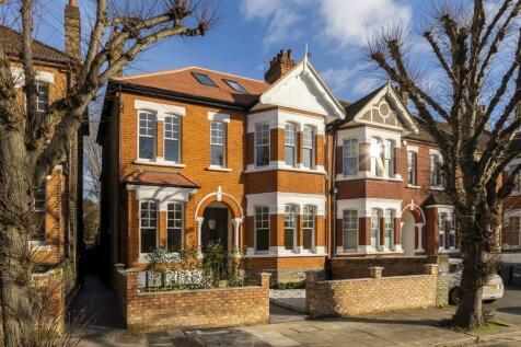 Granville Gardens, W5. 2 bedroom flat