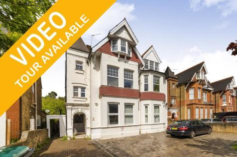 Madeley Road, W5. 3 bedroom flat for sale