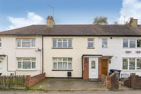 Beech Gardens, W5. 3 bedroom terraced house for sale