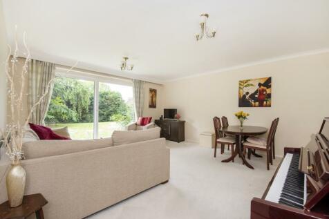 Park Hill, W5. 2 bedroom flat