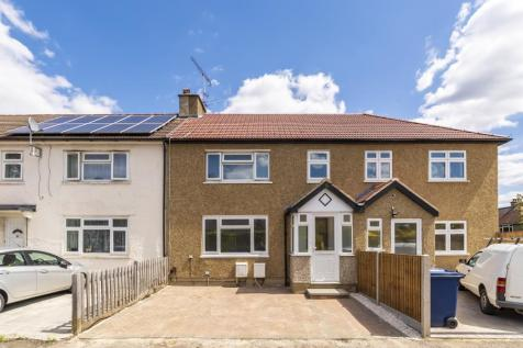 Lilac Gardens, W5. 3 bedroom terraced house