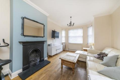 Durham Road, W5. 3 bedroom detached house for sale