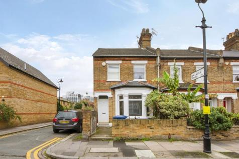 Broomfield Road, W13. 2 bedroom end of terrace house for sale