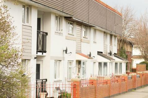 Cowper Road, Stockton-On-Tees, Durham, TS20. 2 bedroom flat