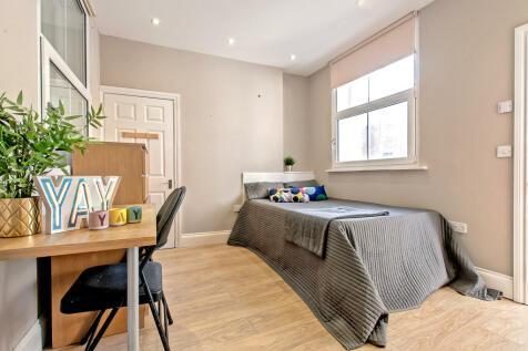 2b (St Andrews House) 90 Pilgrim Street, City Centre. 1 bedroom apartment