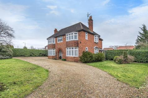 Early, Reading, RG6. 4 bedroom detached house for sale