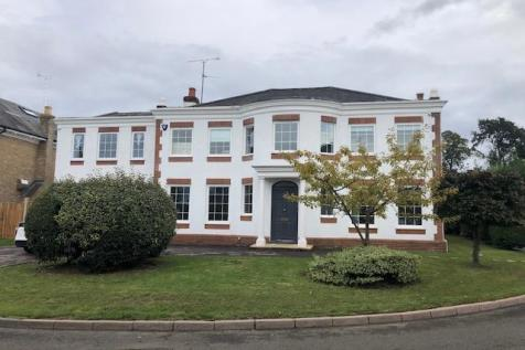 Reading, Berkshire, RG2. 7 bedroom detached house for sale