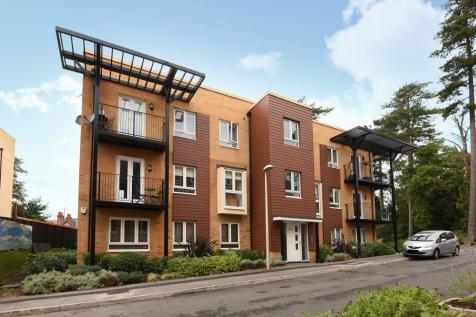 Whitley Rise, Reading, RG2. 2 bedroom apartment